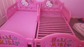 Pink Toddler beds