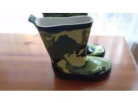Wellies size 7. New.