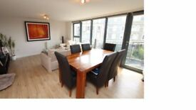 Large, luxury 2 bedroom apartment to rent in Redcliffe