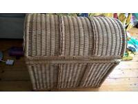 Very large wicker hamper storage treasure chest wardrobe toy chest log basket laundry hamper