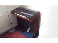 Yamaha Electone MC600 Organ