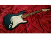 Cruiser by Crafter Stratocaster type electric guitar