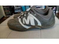 MERRELL TRAINERS SIZE 5. REDUCED.