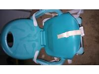 CHICCO BOOSTER HIGHCHAIR