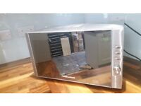 REDUCED!!! Microwave Morphy Richards in excellent condition!