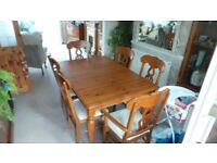 Dining Table 6 Chairs Excellent Condition Like New Extendable Centre Light Wood