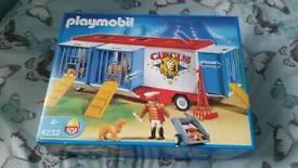 Playmobil circus trailer