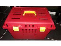 Plastic Cat Carrier Box
