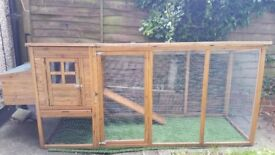 Malvern Cat House - Extra Long Run.Under 12 mth old.Collection Only.Can also be used for chickens.