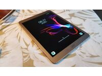 Samsung Galaxy Tab s2 9.7 inches SM-T813 Wi-Fi. Gold. Excellent condition