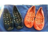 2 pairs girls slip on shoes