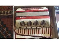 accordian galanti italian full size piano