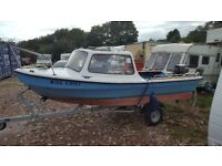 14ft Dejon Fishing boat with 2 stroke 20 Hp Yamaha outboard on new admiral trailer + extras