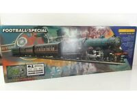 HORNBY R1007 FOOTBALL SPECIAL LIVERPOOL 00 GAUGE TRAIN SET BOXED