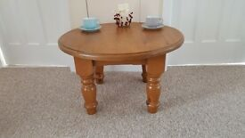 Solid pine, chunky coffee table in very good condition (D)