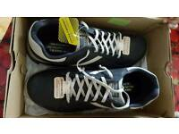 """Skechers memory form shoes 10"""""""