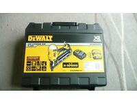 DEWALT DCN692 XR 18v NAIL GUN FIRST FIX BRUSHLESS 2 SPEED VGC FRAMING NAILER