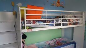 Bunk beds wit drawers n trundle bed