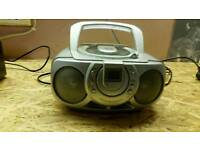 Portable cd player radio
