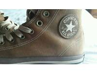 Unisex brand new converse boots