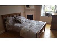 Double Bedroom Available For Edinburgh Festival - Morningside Area