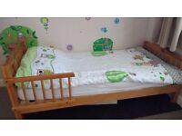 Toddler bed and mattress (Batheaston, Bath)