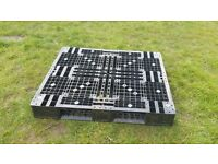 3 X Heavy duty plastic pallets or sunk into the ground to aid drainage