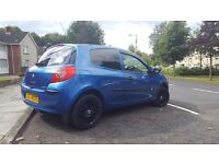 Late 06 renault clio extreme with full mot for sale