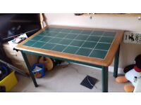 Small/medium desk good condition