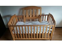 Mamas & Papas eloise cot bed and matress
