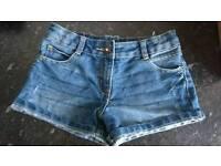 Girls denim Jean shorts 8/9 years