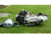 Vespa zip 125 2005 engine and frame only v5 present