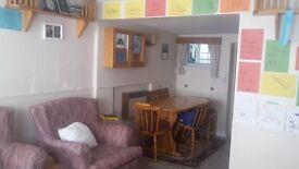 2 bedroom Cottage - Epsom Common