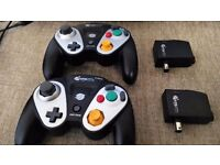 2 x Pelican Wireless Gamecube Controllers + Receivers