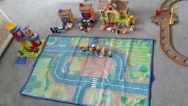 Happyland village including play mat