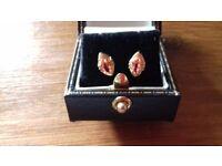 18ct pink garnet stud earrings .
