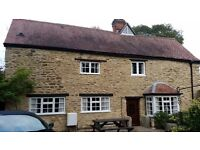 Charming 2 bed Grade II listed Cottage for Short Term Let