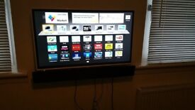 Panasonic txl39e6bw white flat television 39 inch smart tv