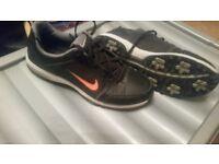 Boys Nike Golf Shoes Size 5.5UK