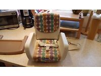 Chicco MoDe Adjustable Booster Seat / Feeding Travel Highchair