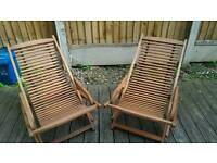 2 lovely large deck chairs