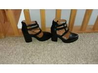 Womens Black Shoes size 7