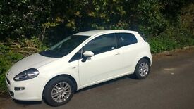 2014 Fiat punto 1.2 3dr very low milage