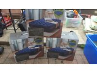 Double raised airbed with pump
