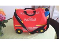 Trunkie fire engine ride on mini suitcase