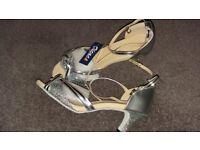"Salsa latin dance shoes. Silver 2.5"" heel. Brand new size 41 (7-7.5)"