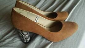 BRAND NEW women's fashion heels