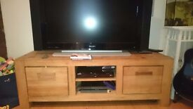 Beautiful chuncky teak bookcase and tv unit