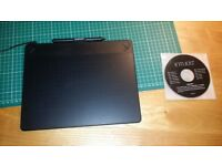 Wacom Intuos Art Pen - black, medium size.