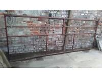 Solid iron gate 300 x 115 meters buyer collects